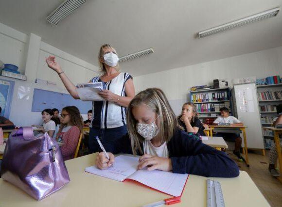 Συγκλονιστικό άρθρο των NYT: «Χαμένη» για τα παιδιά η φετινή σχολική χρονιά;