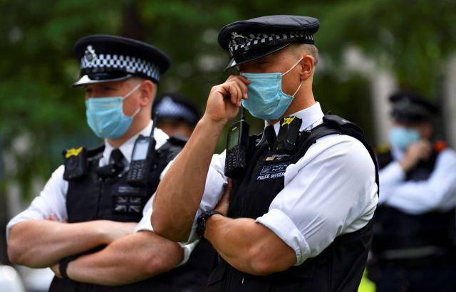 Συναγερμός στο Λονδίνο: Συνελήφθη ένας ύποπτος για αποστολή δέματος με εκρηκτικό μηχανισμό