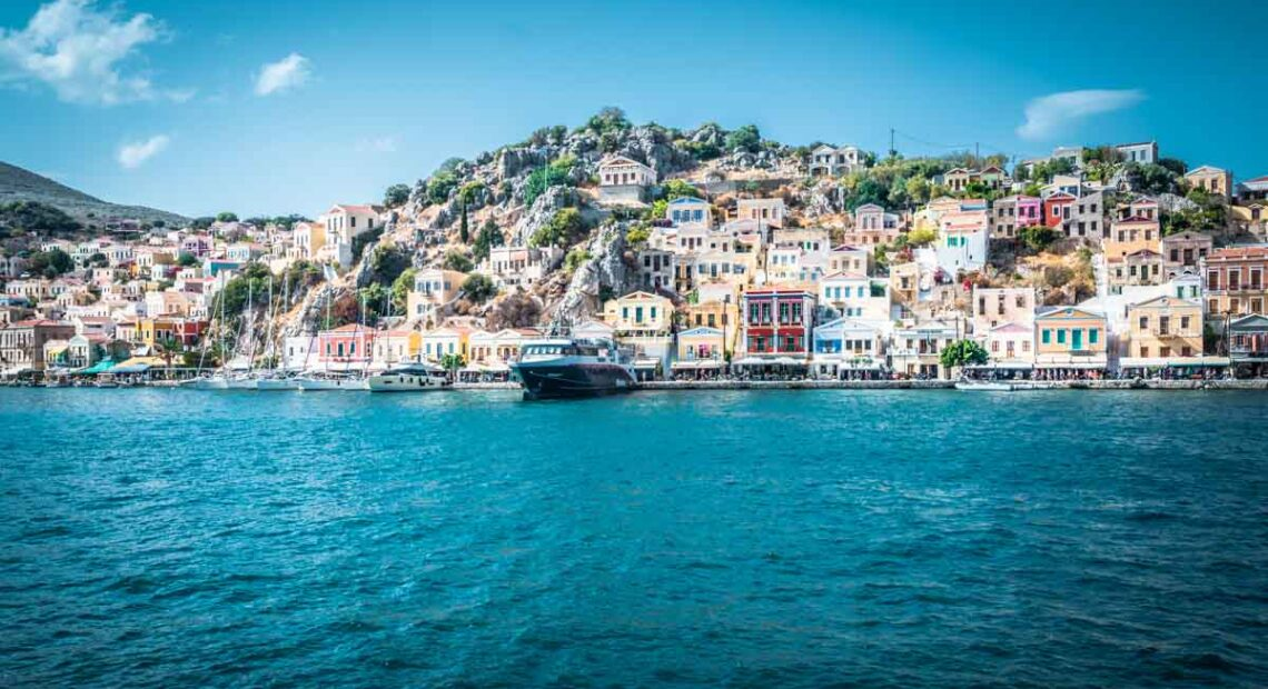 DBRS: Covid-19 Shock Greater for Tourism-dependent Greece