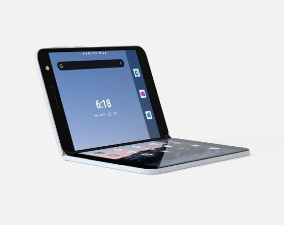 Microsoft Surface Duo: Νέο spot με επίκεντρο το ξεχωριστό design
