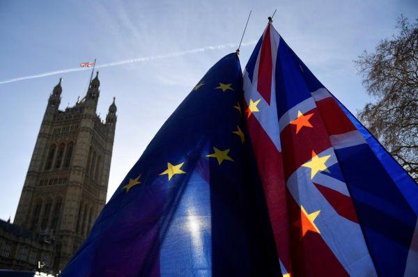 Brexit: Η ΕΕ θα συνεχίσει τις διαπραγματεύσεις για εμπορική συμφωνία με τη Βρετανία τις επόμενες εβδομάδες
