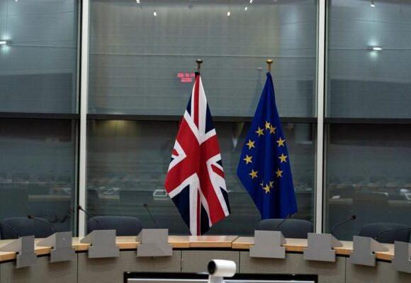 Brexit : Το Λονδίνο εκβιάζει την ΕΕ – «Οι συνομιλίες για εμπορική συμφωνία τελείωσαν»