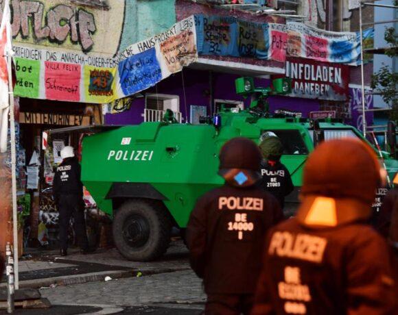 Βερολίνο: Εκκενώθηκε η ιστορική φεμινιστική και ΛΟΑΤΚΙ κατάληψη Liebig 34