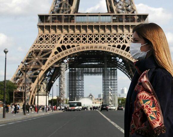 Γαλλία: Επεκτείνεται το μέτρο της απαγόρευσης κυκλοφορίας στη χώρα