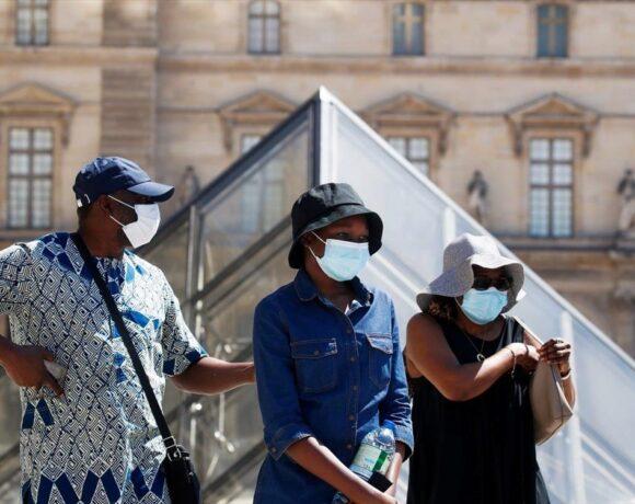 Γαλλία: Κοντά σε επίπεδα ρεκόρ ξανά τα κρούσματα κορωνοϊού, σχεδόν 14