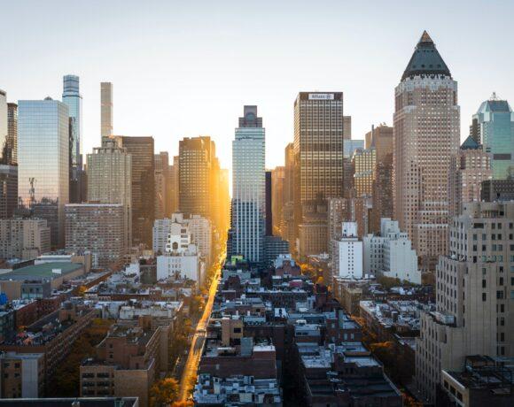 Γιατί οι ουρανοξύστες της Νέας Υόρκης μπορεί να πυροδοτήσουν μια νέα παγκόσμια κρίση