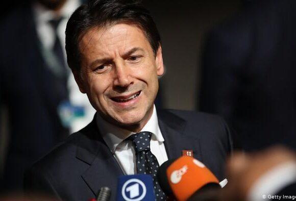 Ιταλία: Ο Κόντε βγάζει την Ελλάδα από τη λίστα «χωρών αυξημένου κινδύνου»