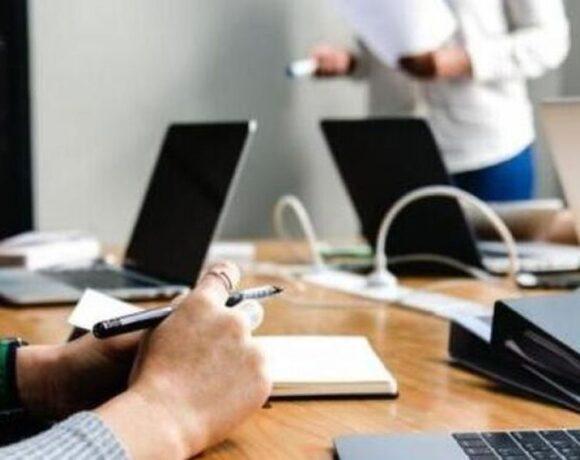 Κοροναϊος : 9 στους 10 εργαζόμενους θέλουν να διατηρήσουν την τηλεργασία και μετά την πανδημία