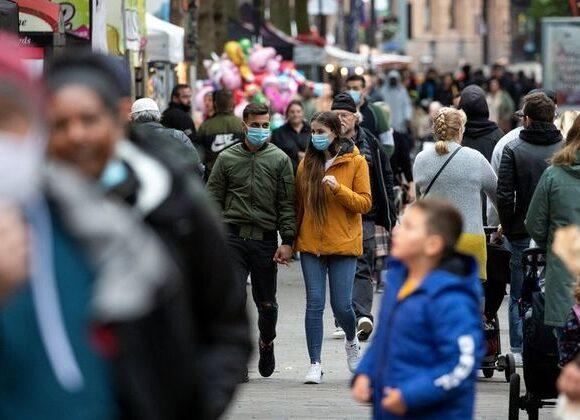Κοροναϊός – Βρετανία : Προβλέψεις για 700 νεκρούς ημερησίως