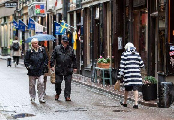 Κοροναϊός : Φρικτά νέα για την Ευρώπη, αυξάνονται τα κρούσματα στους ηλικιωμένους