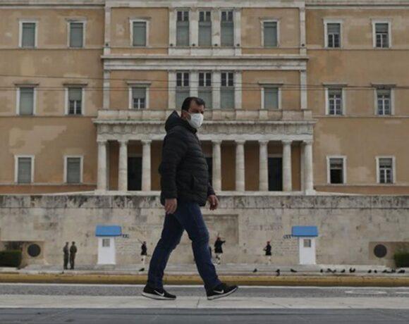 Κορωνοϊός: «Θερίζει» ο ιός σε Αθήνα και Θεσσαλονίκη – Η γεωγραφική κατανομή των κρουσμάτων