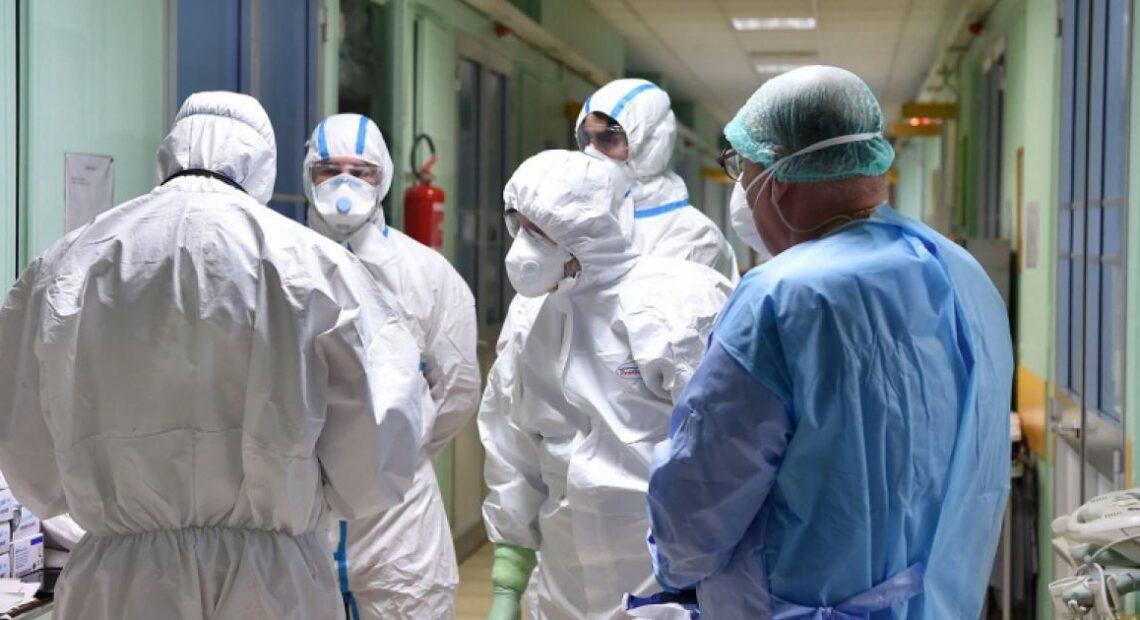 Κορωνοϊός: Στα 438 τα νέα κρούσματα – 9 θάνατοι το τελευταίο 24ωρο