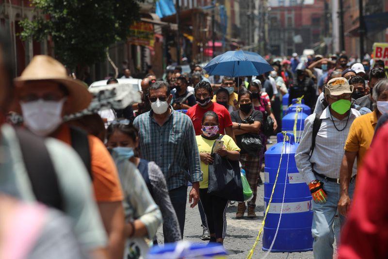 Μεξικό : Θα εμβολιαστεί όλος ο πληθυσμός ενάντια στον κοροναϊό ως τα τέλη του 2021