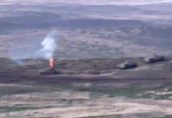 Ναγκόρνο Καραμπάχ: Μαίνονται οι μάχες – O Ερντογάν εμποδίζει την εκεχειρία;