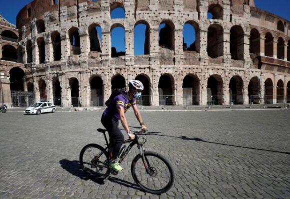 Πανικός στην Ευρώπη – Προσπαθεί να αποφύγει τα lockdown αλλά οι περιορισμοί αυξάνονται