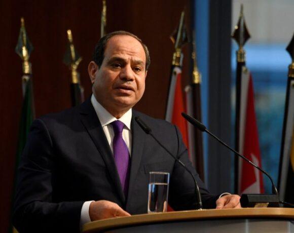 Σίσι : Συνωμοσίες αποσκοπούν στην υπονόμευση της σταθερότητας της Αιγύπτου
