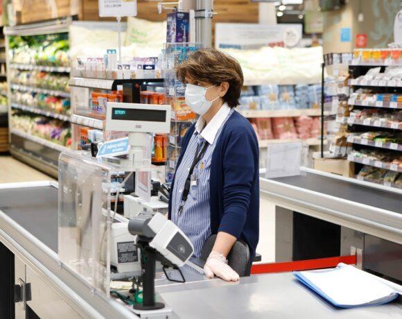 Σούπερ μάρκετ: Τι αλλάζει και πότε στο ωράριο λειτουργίας – Πότε θα ανοίγουν και Κυριακή