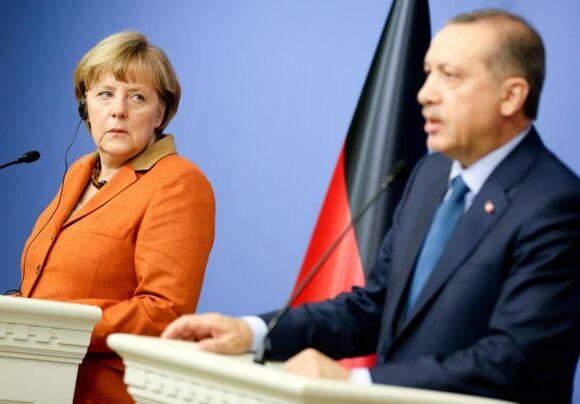 Τηλεδιάσκεψη Μέρκελ με Ερντογάν – Τι συζήτησαν