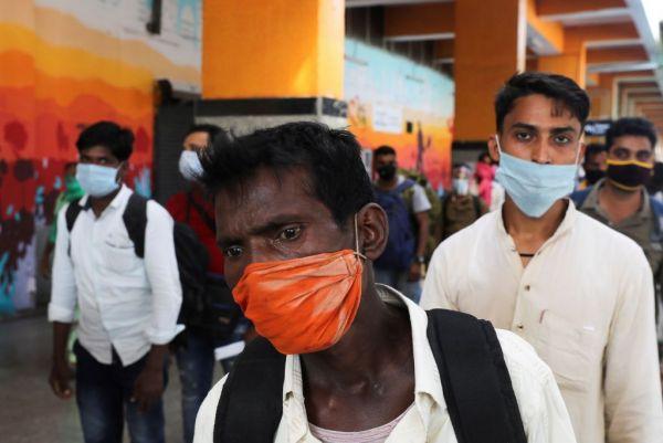 Τοξική ατμόσφαιρα και κοροναϊός: Το διπλό χτύπημα που απειλεί την Ινδία