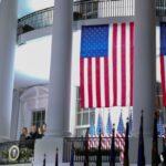 Τραμπ : Κέρδισε τη μάχη στο Ανώτατο Δικαστήριο – Χάνει τον πόλεμο με τον κοροναϊό