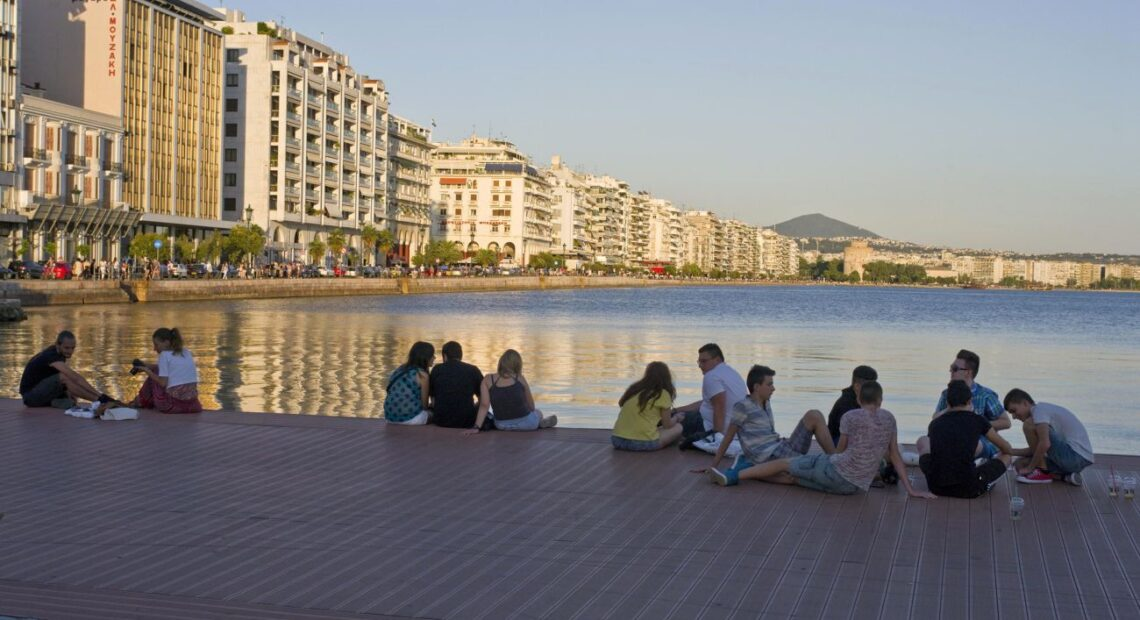 Covid-19 Hits Younger Ages in Thessaloniki Creating Concerns