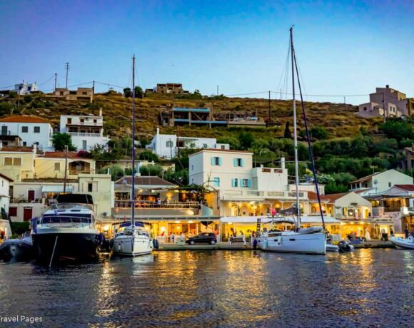Greece's 8-month Tourism Revenue Down by €10