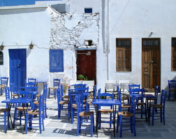 Greek Accommodation, F&B Services See August Revenue Tumble