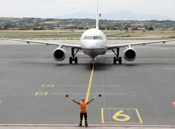 Report: Greece's International Arrivals by Air Before and After Covid-19 Lockdown
