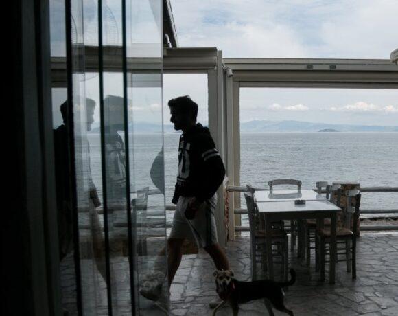 Θεσσαλονίκη: «Κλείστε μας αλλά στηρίξτε μας» ζητούν τα μέλη Πρωτοβουλίας Εστίασης
