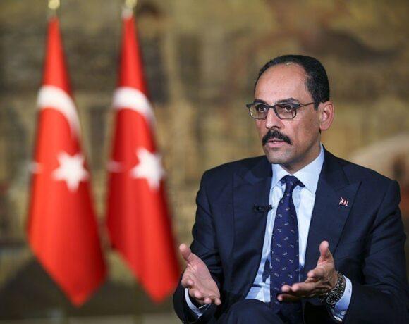 Θετικός στον κορωνοϊό ο εκπρόσωπος του Ερντογάν – Προσβλήθηκε και ο υπ