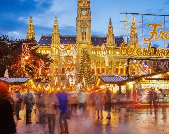Ούτε Χριστούγεννα; Με καθυστέρηση θα ανοίξουν και… αν οι χριστουγεννιάτικες αγορές της Βιέννης