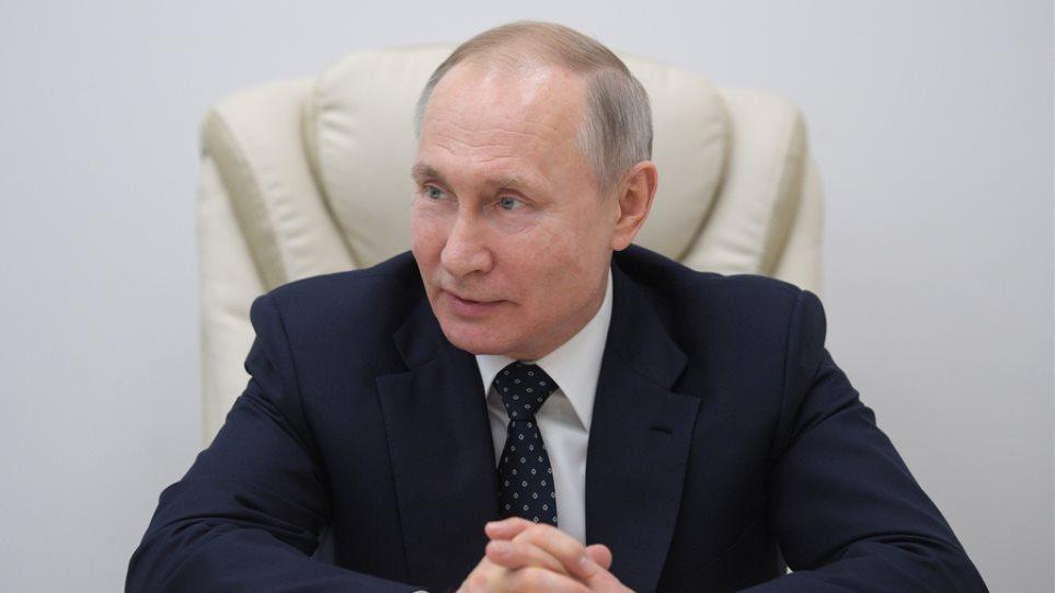 Πούτιν: Η Ρωσία έτοιμη να παράσχει σε άλλες χώρες το εμβόλιο Sputnik V