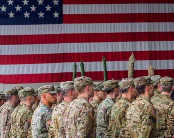 Φόβοι ακόμα και για διάλυση του ΝΑΤΟ αν επανεκλεγεί ο Τραμπ