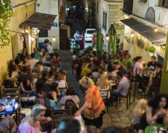 Covid-19: Greece Closes Restaurants, Bars, Cinemas, Museums in High-risk Areas