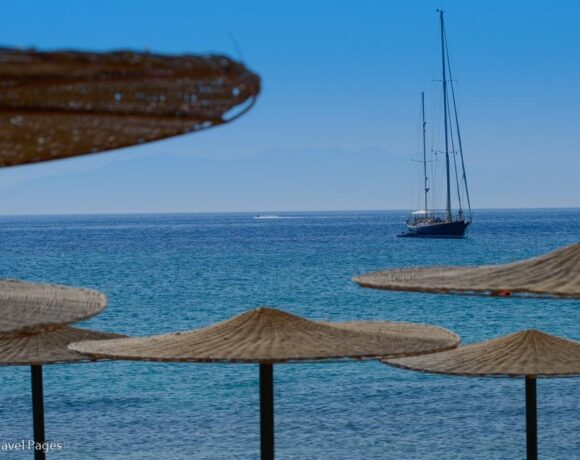Covid-19 Hits Greek Tourism Industry Full Force, Says ICAP Study