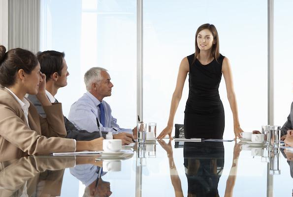 Goldman Sachs: Πόσα κέρδισαν οι επιχειρήσεις που έχουν γυναίκες στο «τιμόνι»