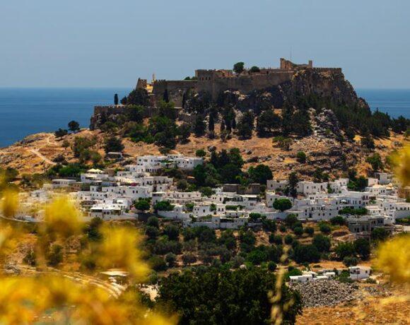 Alpha Bank: Εφικτός για τον Τουρισμό, ο στόχος για 50%-60% των μεγεθών του 2019, στην επόμενη τουριστική σεζόν