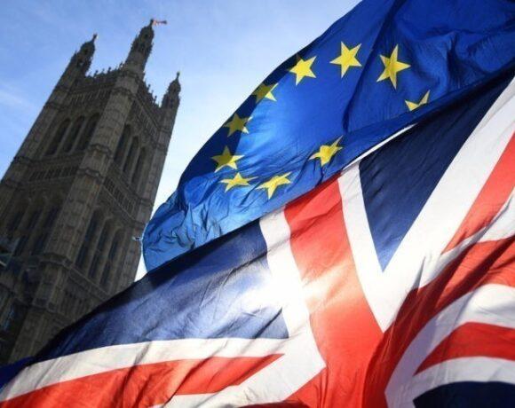 Brexit deal: Θρίλερ στις διαπραγματεύσεις – Ράαμπ: H Βρετανία είναι ανεξάρτητη χώρα
