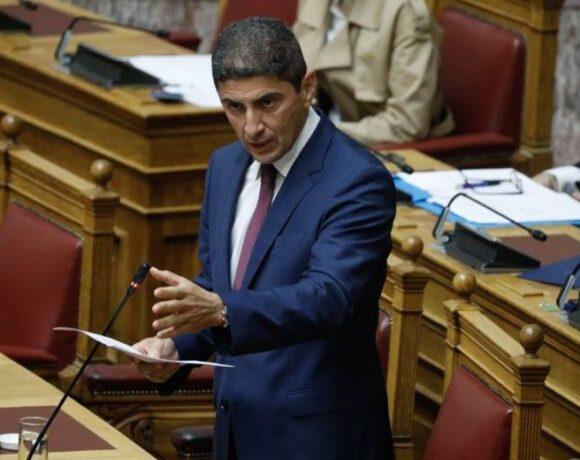 Αυγενάκης: «Μαζικότερες, πιο συμμετοχικές και δημοκρατικές οι εκλογές»