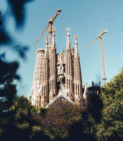 Βαρκελώνη : Μεταμορφώνεται για να νικήσει τη ρύπανση και τον συνωστισμό