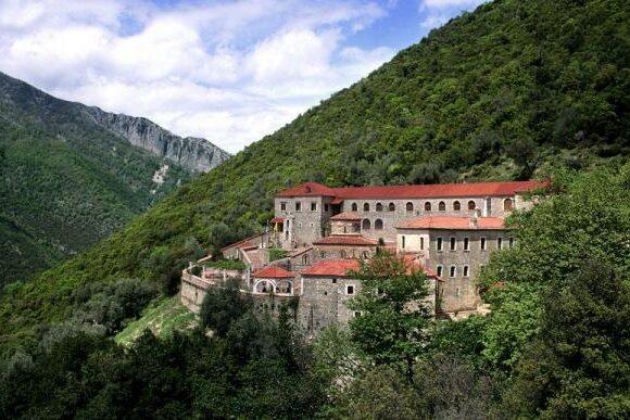 Θεσπρωτία : Η μονή Γηρομερίου και ο Άγιος Γεώργιος Καμίτσανης