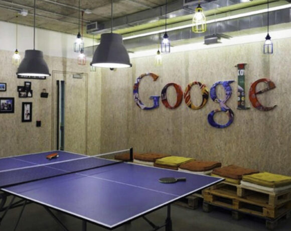 Κλειστά τα γραφεία της Google έως το Σεπτέμβριο του 2021