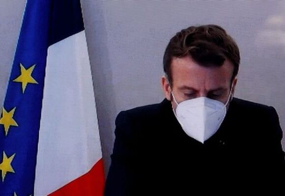 Κοροναϊός : Πόσο κινδυνεύει από τον κοροναϊό ο πρόεδρος της Γαλλίας