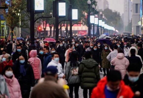 Κοροναϊός : Το στίγμα της πανδημίας παραμένει στην Ουχάν – Πώς είναι η κίνηση στις αγορές ένα χρόνο μετά