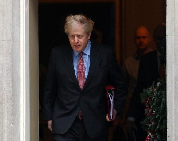 Κορωνοϊός – Βρετανία: Νέα μέτρα ανακοινώνει ο Τζόνσον για τον περιορισμό της μετάλλαξης του ιού
