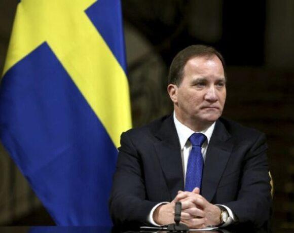 Σουηδία: Νέο ρεκόρ κρουσμάτων – Επιβάλει τη χρήση μάσκας
