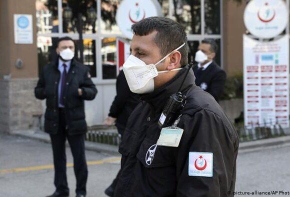 Τουρκία – κορωνοϊός: Αρνητικό ρεκόρ κρουσμάτων – Σε καραντίνα για το Σαββατοκύριακο