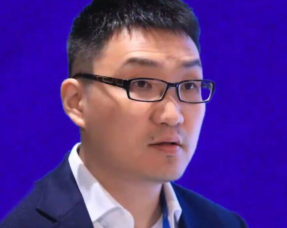 Colin Huang: Ποιος είναι ο μυστηριώδης Kινέζος με την περιουσία 49 δισ