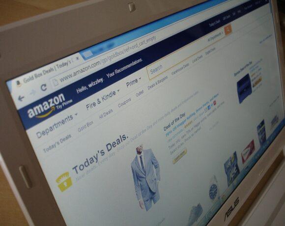 Amazon: Αγοράζει 11 αεροπλάνα για τις αυξημένες παραγγελίες