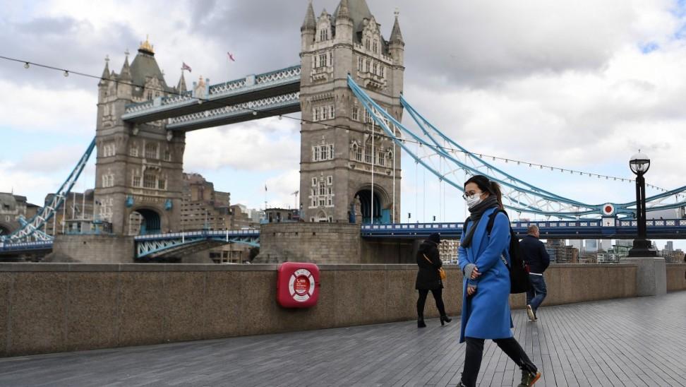 Βρετανία – κορωνοϊός: Για πρώτη φορά 60